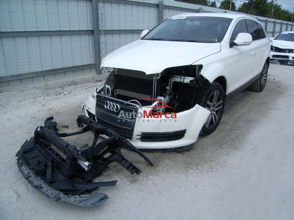Cumpar Audi Q7 avariat, accidentat, lovi...